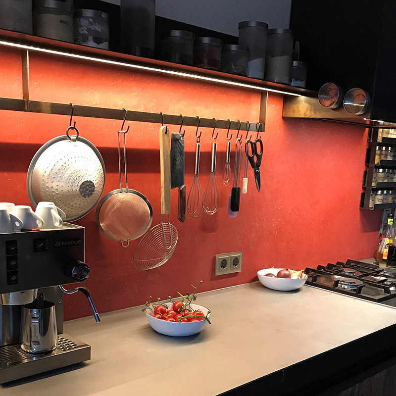 Solo-Calce-Küche-orientrot